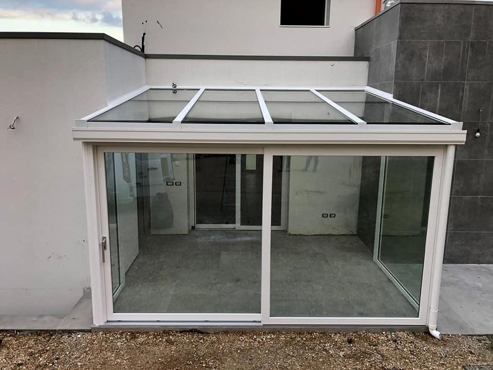 Veranda a tutto vetro